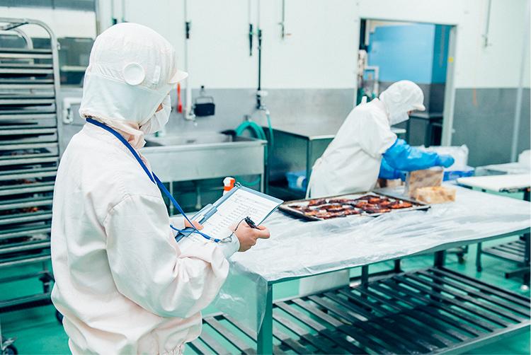 自社工場および取引先工場の点検